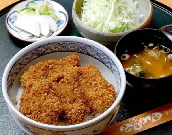 桐生のソースカツ丼元祖のお店。志多美屋本店