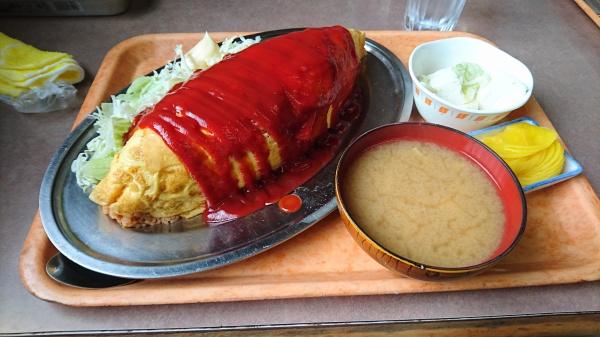デカ盛りで有名な・お食事処・藤(宇都宮)