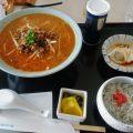 新玉村ゴルフ場の担々麺セット