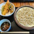 小天丼とそば「てん松」と北海道漁師のまかない丼「いくら丼うえだ」(入間アウトレットパーク)